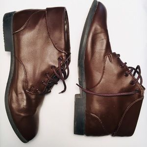 PREMIERE | Size 9 | Lace up ankle boots